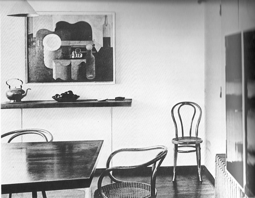 bentwood chair by le corbusier. Black Bedroom Furniture Sets. Home Design Ideas